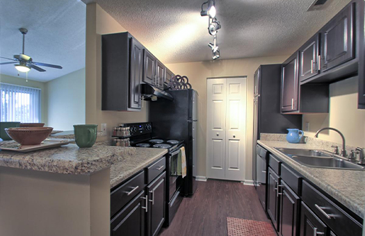 Bell Walker's Crossing apartments kitchen