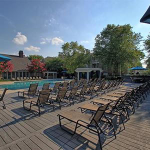 Bell Walker's Crossing apartments pool seating
